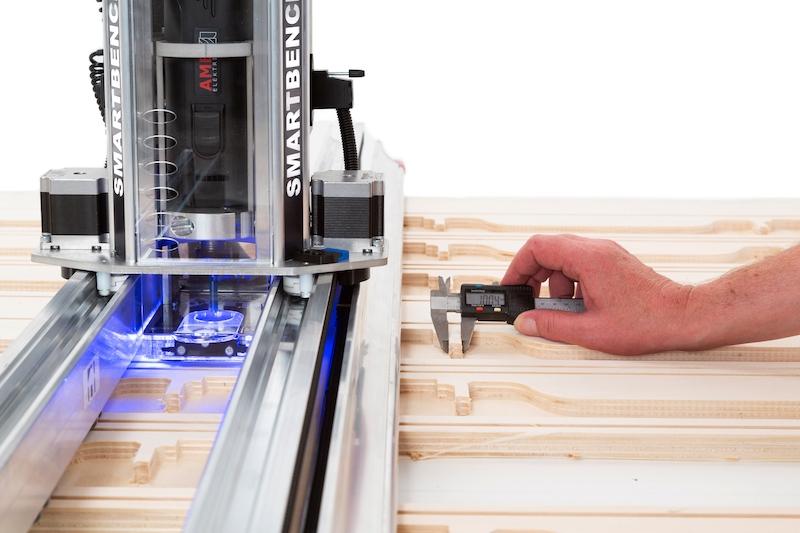 Yeti - SmartBench v1.2 Precision - Täyden levyn mobiili CNC-kone