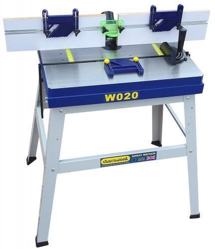 W020 - Valurautainen jyrsinpöytä jaloilla