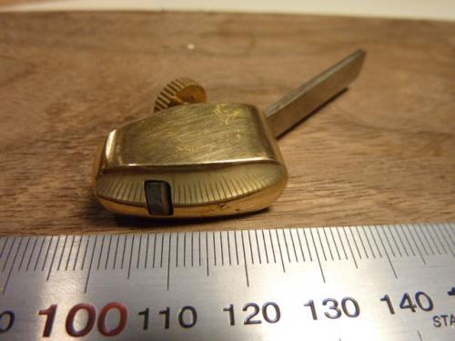 Kupera 27mm - ruuvi